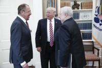 Le risate di Lavrov alla Casa Bianca