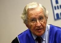 Chomsky: Giusto creare canale con Mosca, vero problema è il clima