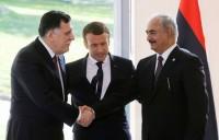 Una photo opportunity per Macron