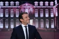 Oltre l'orgoglio, i danni di Macron l'africano