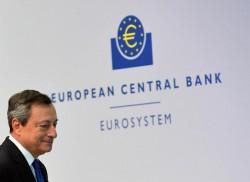 L'euro forte preoccupa Draghi