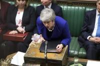 Brexit, San Valentino amaro per la May