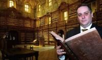 Massimo De Caro: Rubavo libri antichi, mi faccio paura