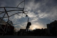 Il ghetto di Gaza tra razzi e canzoni