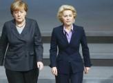 Ue, Merkel da' scacco matto in tre mosse
