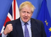 Le metamorfosi di Boris e un governo senza testa