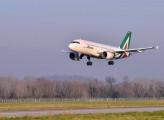 Alitalia, dal Governo altri 3 miliardi