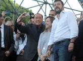 Berlusconi s'impone su Salvini e Meloni