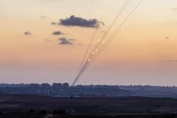 Razzi lanciati dalla Striscia di Gaza contro Israele