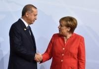 Merkel incassa l'accordo con Erdogan