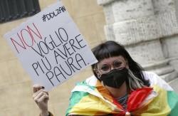 Una manifestazione a favore del Ddl Zan